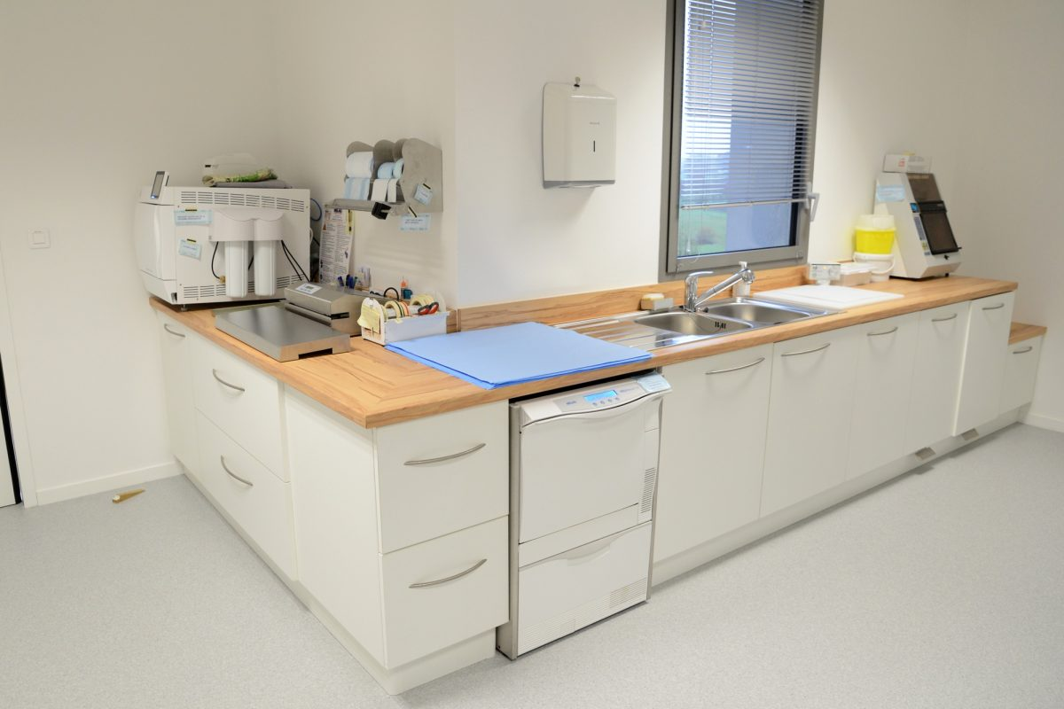 chirurgie dentaire salle de sterilisation